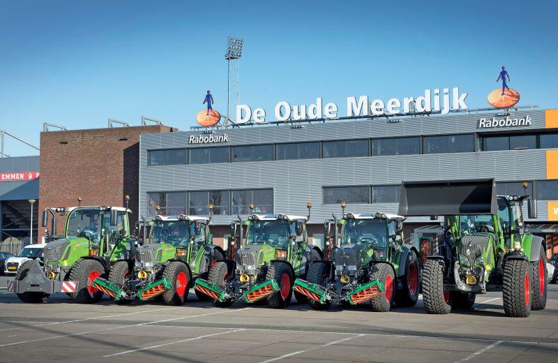 5 FENDT trekkers afgeleverd aan Gemeente Emmen