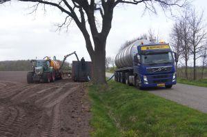 Foto 4 van het album Nieuwe Volvo en mestoplegger Vogelzang